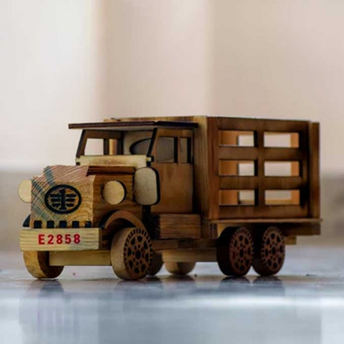 Wooden Toy Truck / Lorry